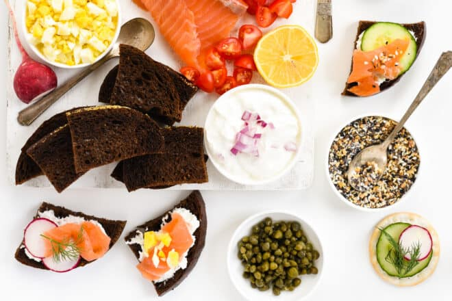 Pumpernickel crostini topped with cream cheese, smoked salmon, radishes and hard boiled egg.