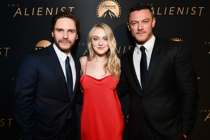 """Rich search results on Google when searched for """"The Alienist season 2"""""""