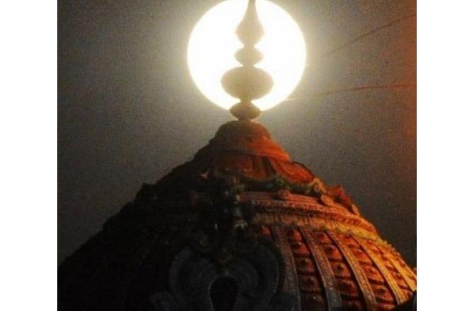 hindu temple featured