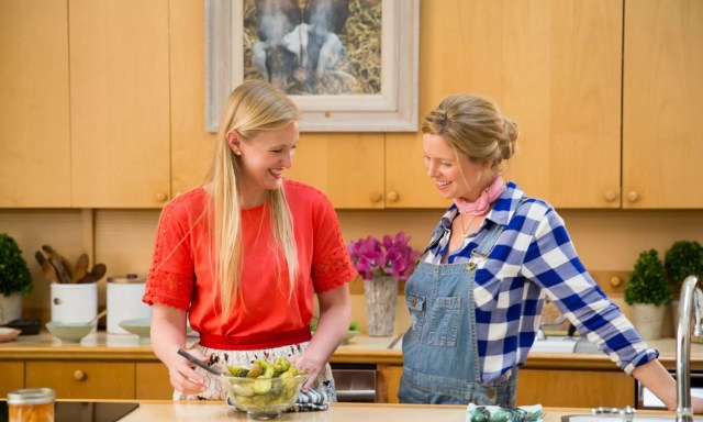 Lindsay and Maggie cooking in the kitchen