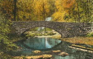 Postcard_bridge_below_falls