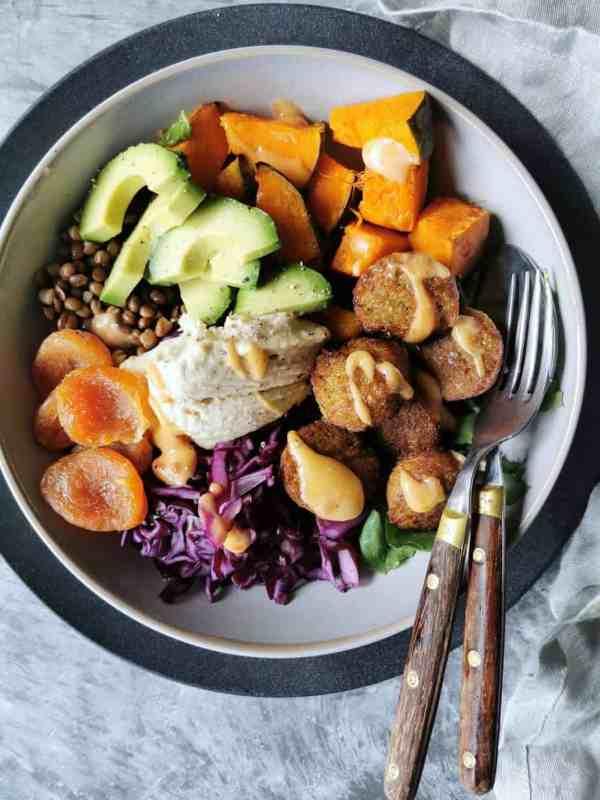 Vegetarische falafel bowl