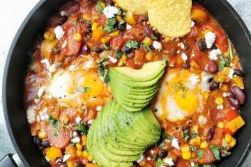 Chili sin carne met ei