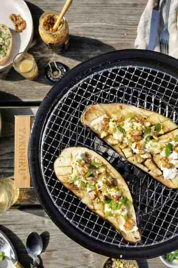 Gegrilde aubergine barbecue