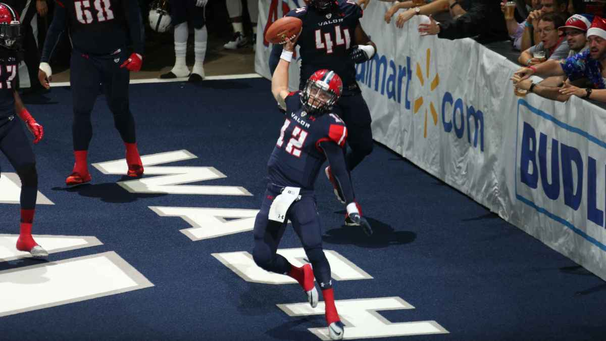 Valor's 2nd Victory Keeps Playoff Chances Alive