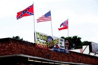 Confederate Store In Branson Missouri At Protests Center Fox Sports Texarkana