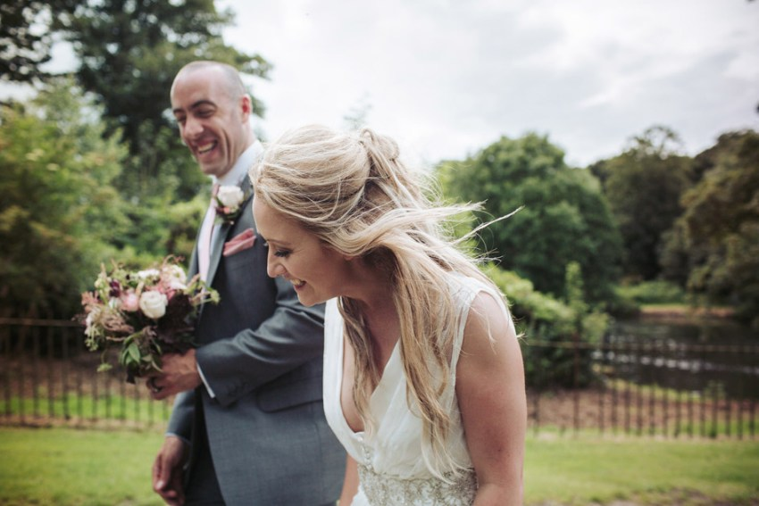 Natural documentary wedding photography | Yorkshire Sculpture Park