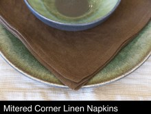 brown-linen-napkins