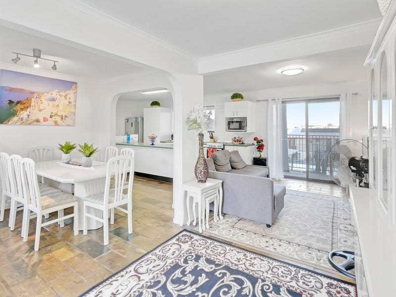 Family Home in Coomera Shores