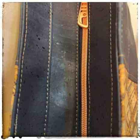 schoudertas blauw kurk in 2 kleuren bovenkant