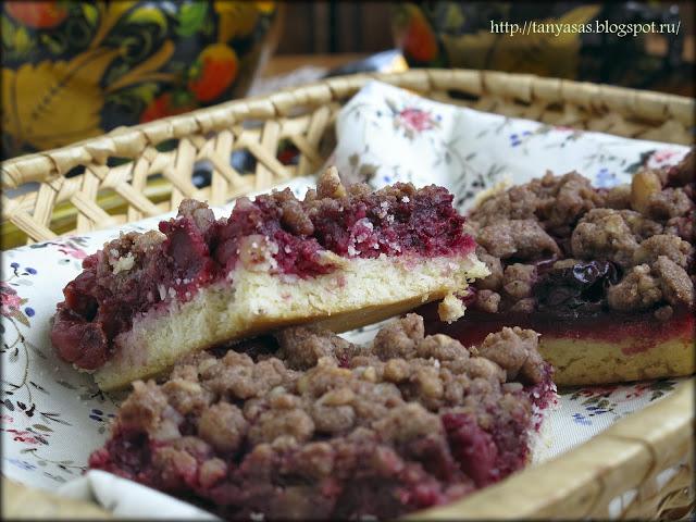 Песочное печенье с вишней и шоколадной крошкой