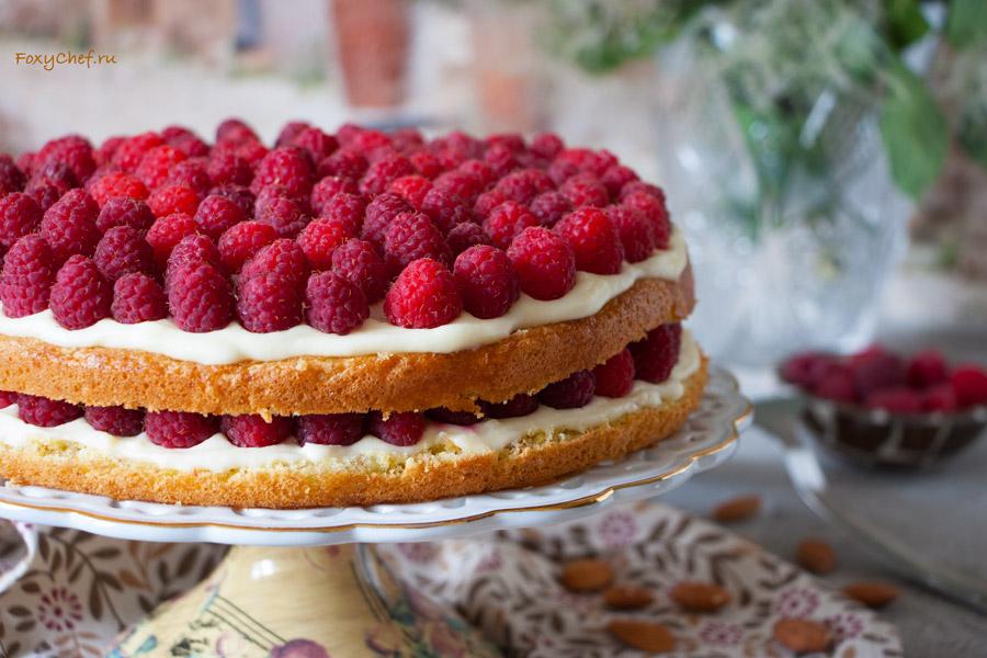 biskvitnyj-malinovyj-tort