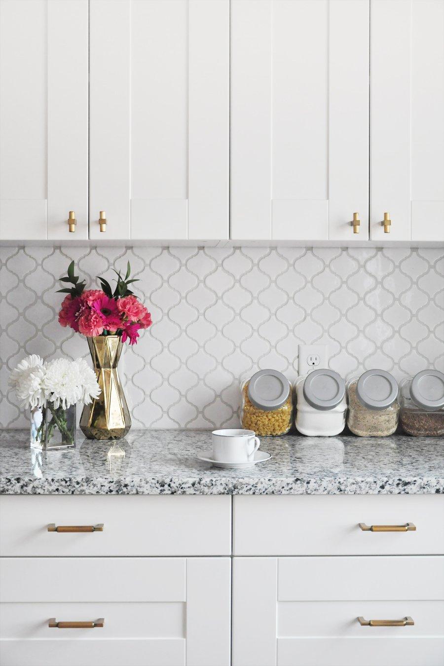 tile a kitchen backsplash diy tutorial