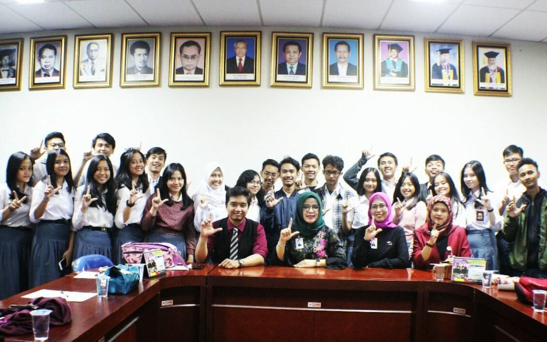 Siswa SMA BPI 1 Bandung Kunjungi FPBS UPI