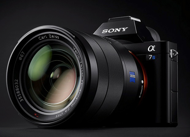 Sony Alpha A7S II  (4K + 120fps HD)