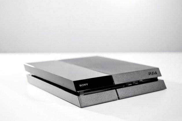 PlayStation 4の内部公開、担当エンジニアによる分解 (2)
