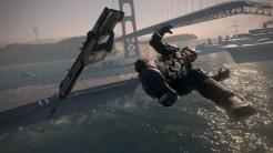 "Man Overboard! \ ""Armada.""で敵を近接攻撃で攻撃し船の外へたたき落とす"