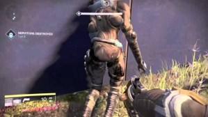 Destiny:グレッグの尻を叩き続ける痴漢が目撃される