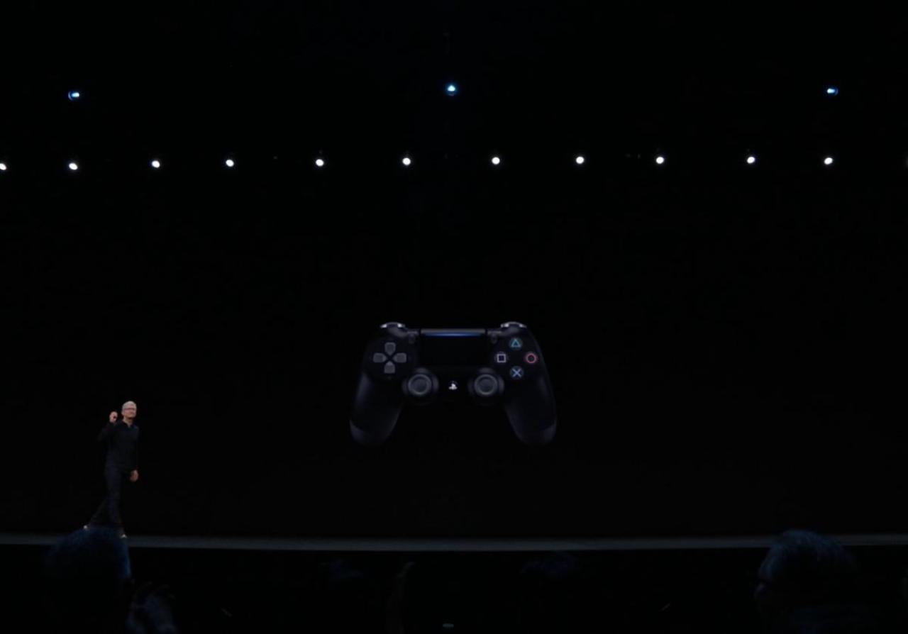 Appleが今秋からiPhone/iPad/AppleTVでPS4とXbox Oneコントローラーに対応を発表