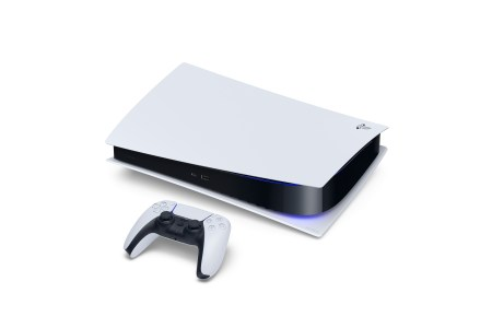 PS5:PS4ユーザーと一緒にボイスチャット可能、ハラスメント対策の自動音声録音とSIEへの通報機能も