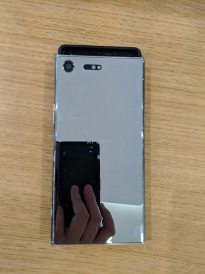 Ốp lưng Xperia XZ4 (ảnh 2)