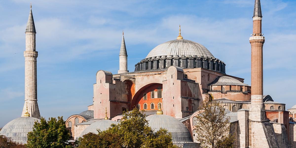 Le pape François se dit « meurtri » par la décision de faire de Sainte-Sophie une mosquée