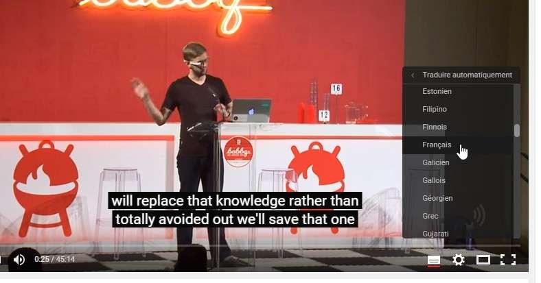 Le système de traduction des sous-titres de YouTube est loin d'être parfait, mais il a le mérite d'exister. © Futura