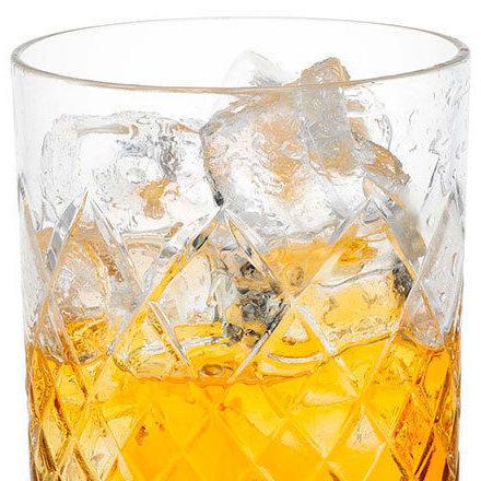 whisky avec des glacons
