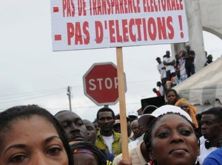 Meeting de l'opposition, le 1er octobre 2011 à Libreville