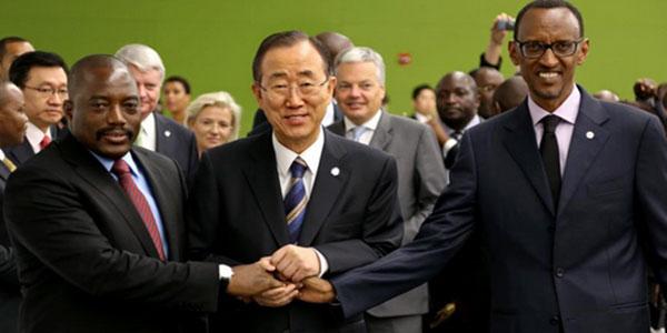 Photo de deux leaders africains avec le secrétaire general de l'ONU.