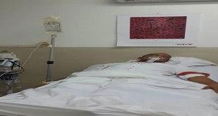 Photo d'un malade sur un lit d'un Hôpital de Lubumbashi.