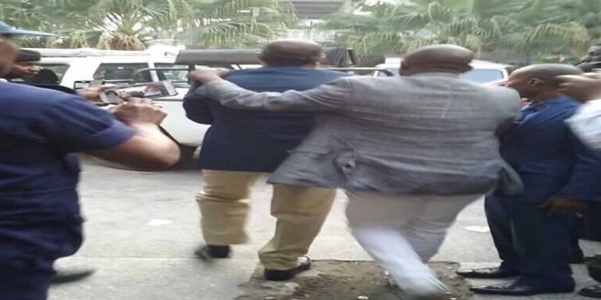 Arrestation de Koffi OLOMIDE