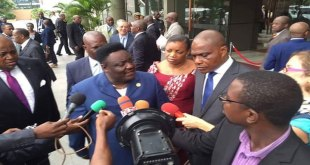 Décrispation politique : Olenghankoy lance un défi au président de RDC