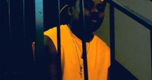 "Kston, de son vrai nom Fiston Lubuku, lors du tournage de son clip ""Stop Soupou""."