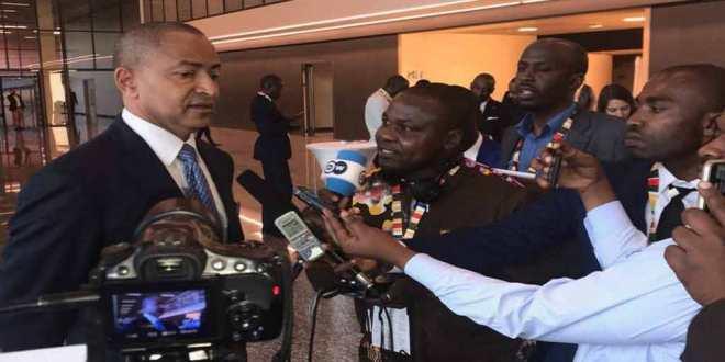 Moise KATUMBI devant les journalistes.