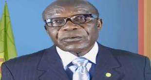 Honoré Ngbanda Nzambo Ko Atumba, lors de sa declaration politique sur l'implication des réseaux terroristes en RDC.