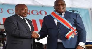 Passation de pouvoir entre Fatshi [droite], président de la et son prédécesseur, Joseph Kabila.