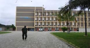 Facade de l'Université de Kisangani.