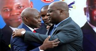 Vital KAMERHE [gauche] et Fatshi, président de la RDC, 23 novembre 2018, lors d'une conférence de presse en prévision des élections présidentielles en RDC, à Nairobi (Kenya).