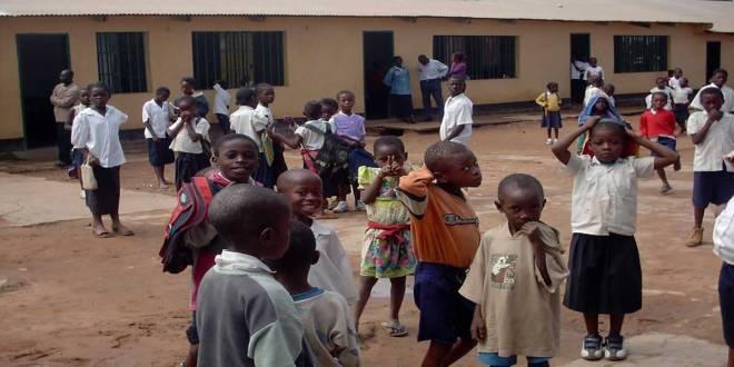 Les élèves d'une école primaire en RDC.