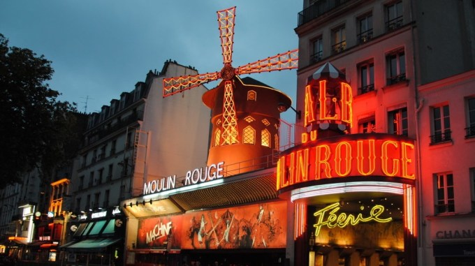 Moulin Rouge - Cabaret Paris