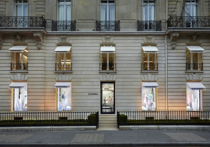 Shopping de Luxe Avenue Montaigne