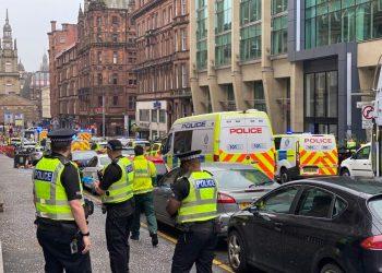 6 blessés dans une attaque au couteau en Écosse, le suspect abattu
