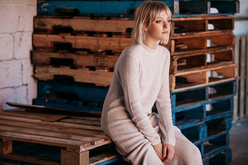 2-wool-dress-cos-very-joelle-paquette5
