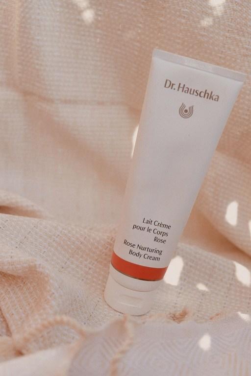 Crème pour le corps à la rose de Dr. Hauschka