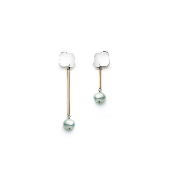 Boucles d'oreilles vendues à l'unité par Nina Janvier