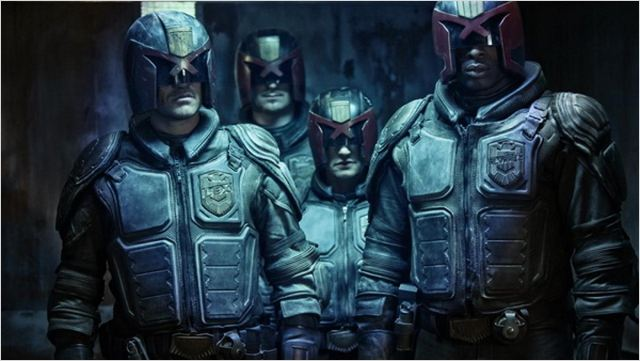 Dredd : photo Edwin Perry, Karl Thaning, Langley Kirkwood, Michele Levin, Pete Travis