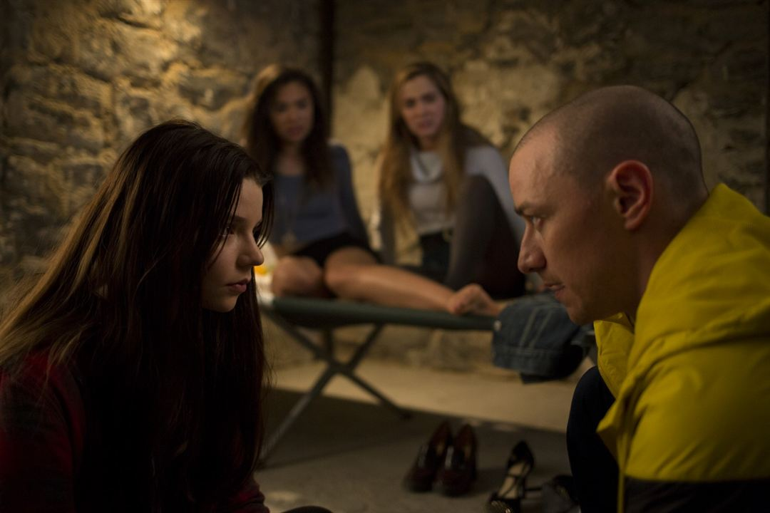 Split : Photo Anya Taylor-Joy, James McAvoy
