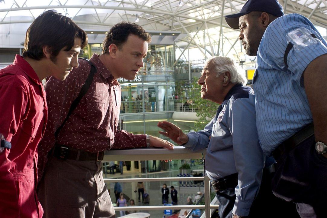 Le Terminal : Photo Chi McBride, Diego Luna, Kumar Pallana, Tom Hanks