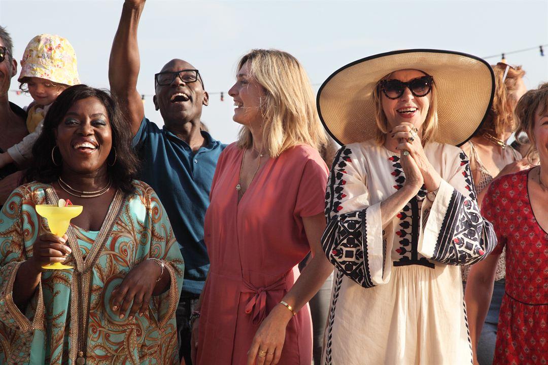 C'est quoi cette mamie?! : Photo Chantal Ladesou, Claudia Tagbo, Julie Gayet, Lucien Jean-Baptiste
